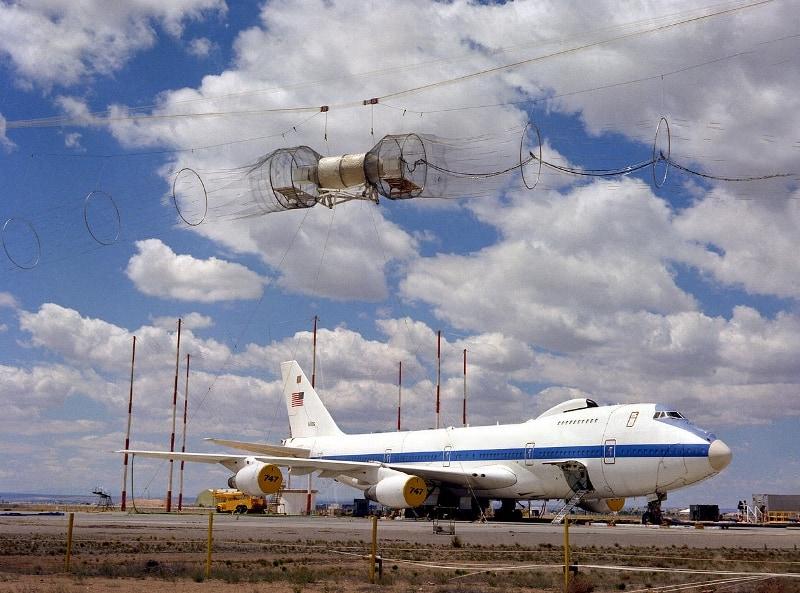 Aircraft EMC electromagnetic testing